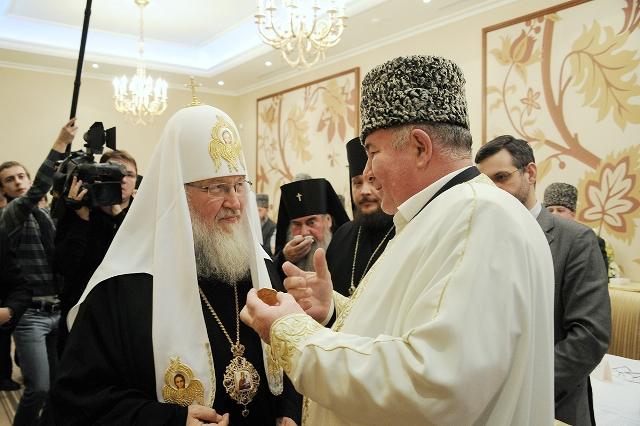 Патриарх встретился с руководителями регионов Северного Кавказа