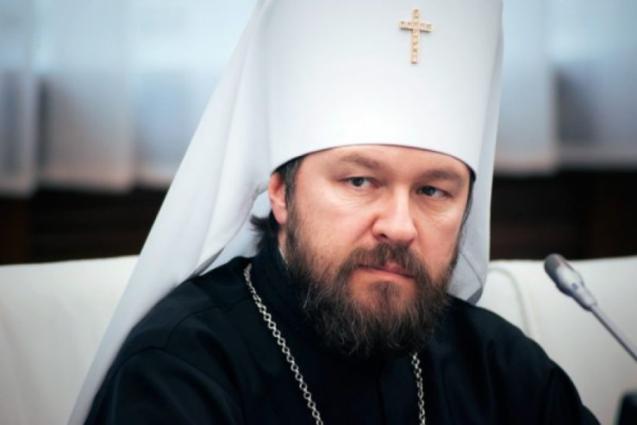 Я хотел бы от имени Русской Православной Церкви в ноги поклониться нашим врачам