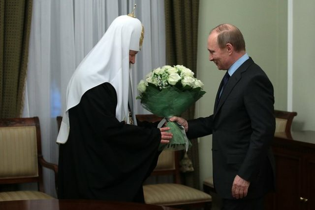 Президент России поздравил Святейшего Патриарха с пятилетием интронизации