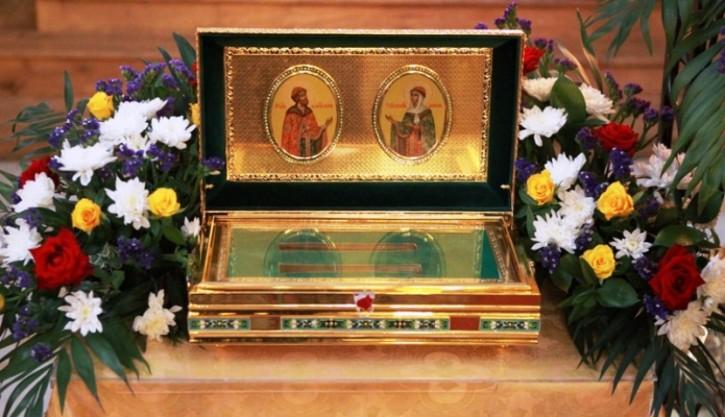 Ковчег с частицами мощей святых благоверных князя Петра и княгини Февронии Муромских будет доставлен в храм великомученика Димитрия Солунского