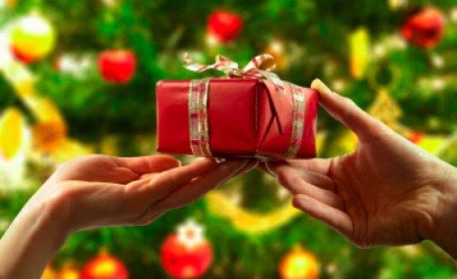 Более 40 тысяч подарков на Святках получили нуждающиеся в Москве