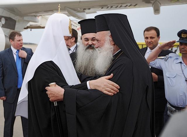 Начался официальный визит Святейшего Патриарха Кирилла в Элладу