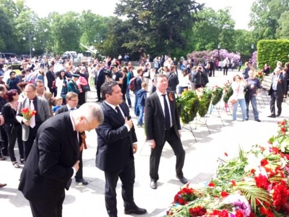 Цесаревич Георгий почтил память погибших в войне соотечественников
