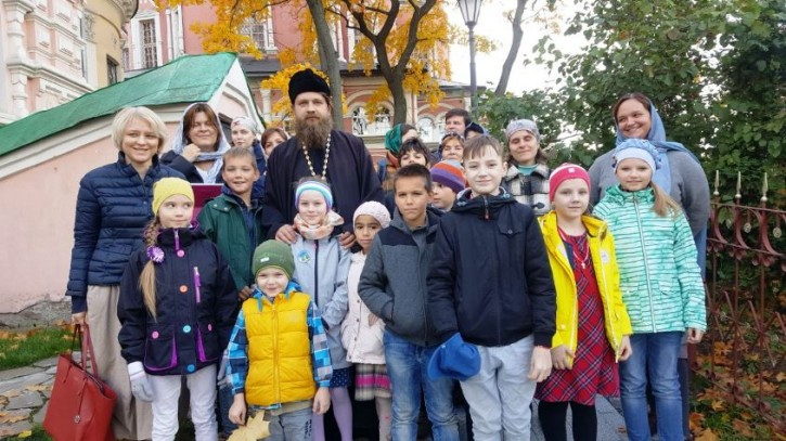 Социальному центру святителя Тихона при Донском монастыре - два года