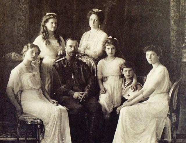 день памяти последнего императора России и его семьи