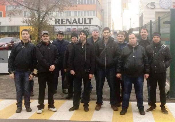 Молодые москвичи с ограниченными возможностями здоровья в гостях у Renault Россия