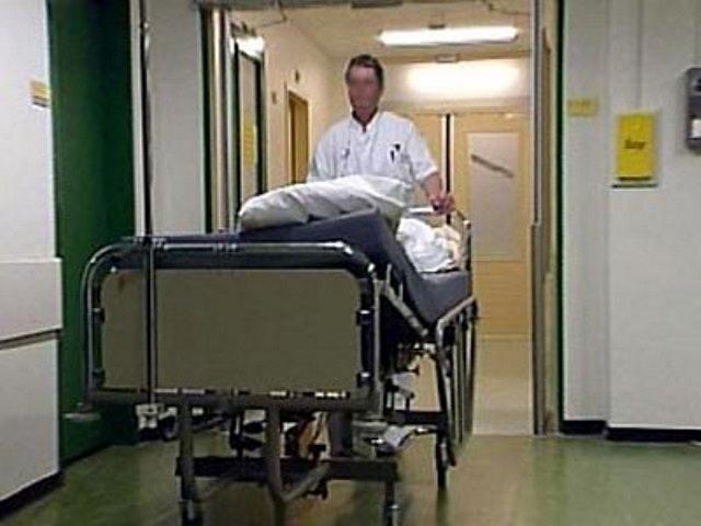 Бездомным отказывают в больницах в полноценной медицинской помощи