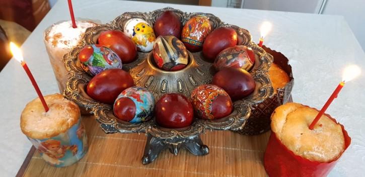 Христос Воскресе! Всех православных со светлым праздником Пасхи!