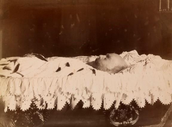 Захоронение Александра III ранее не вскрывалось