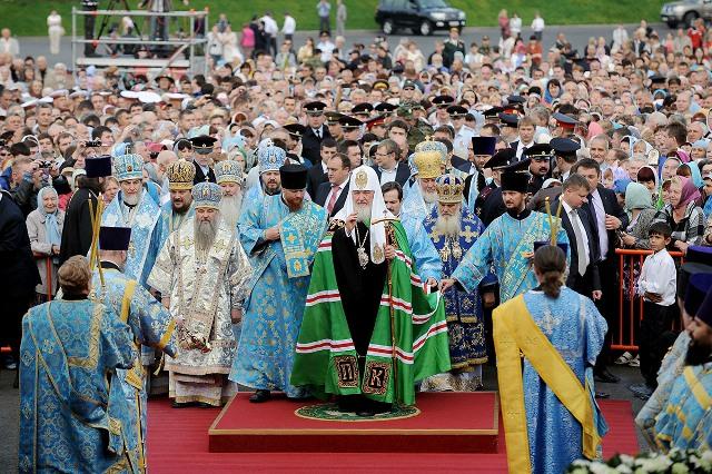 Патриарх совершил литургию Владивостоке