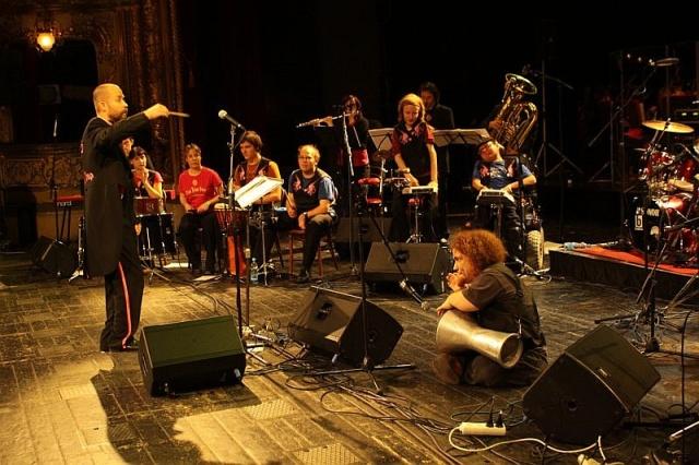 Знаменитая чешская группа даст единственный благотворительный концерт в Москве.