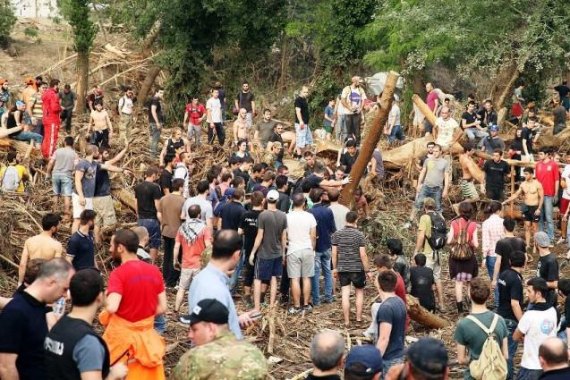 Москвичи собирают помощь тбилисцам