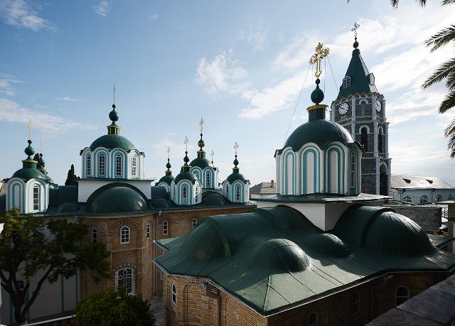 Святейший Патриарх Кирилл поклонился святыням Русского Свято-Пантелеимонова монастыря на Афоне