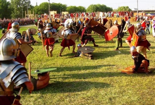 Легионы Рима и толпы варваров покорили Коломенское