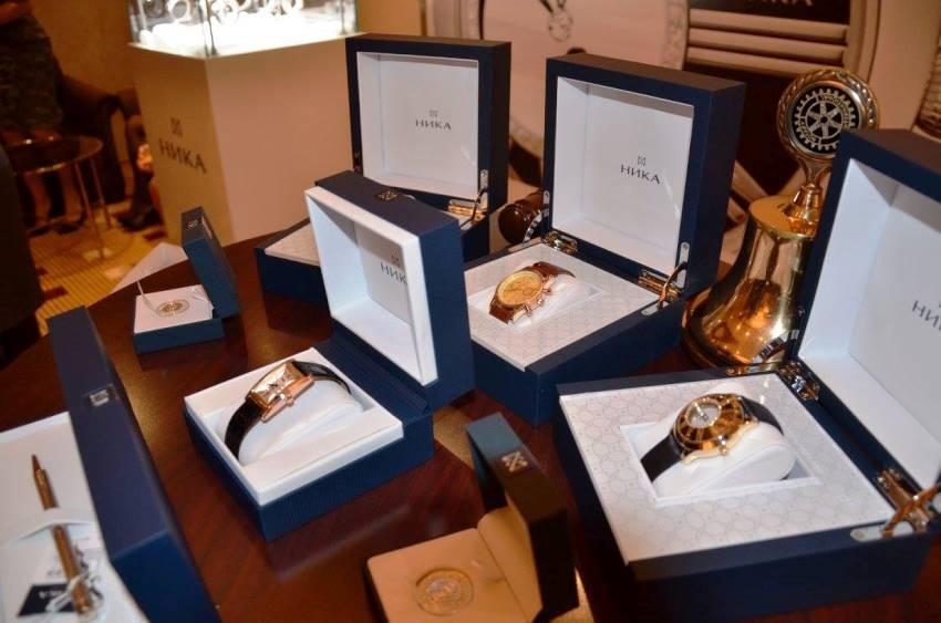«Подарок Ангелу» ждет в гости Арнольда Шварценеггера